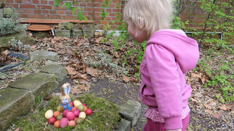 Ostereier finden im Dharma Mati