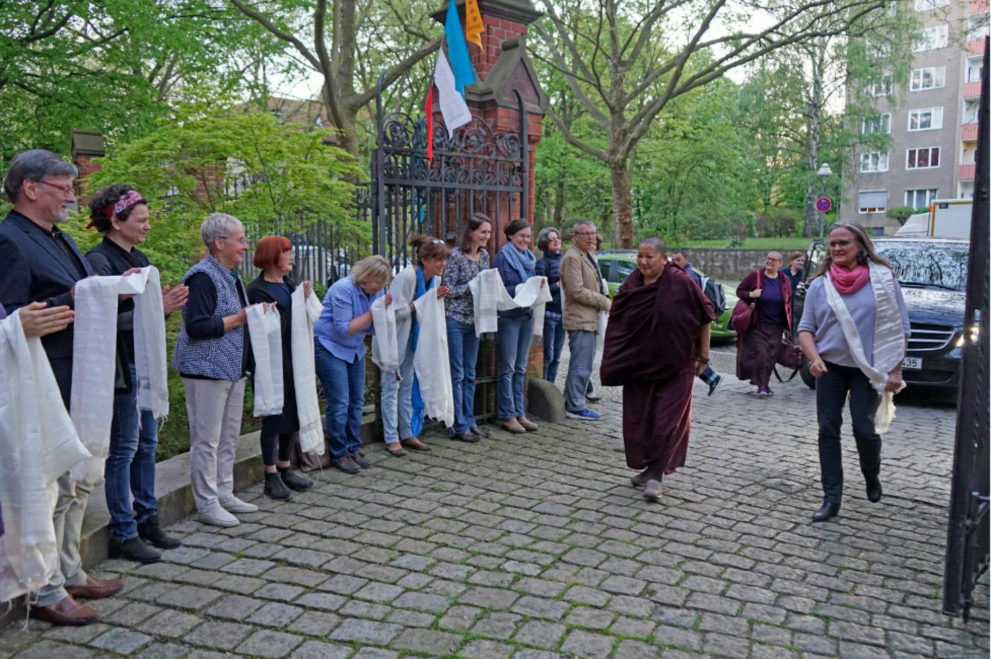 Khandro Rinpoche; Ankunft im Dharma Mati 23. April 2018